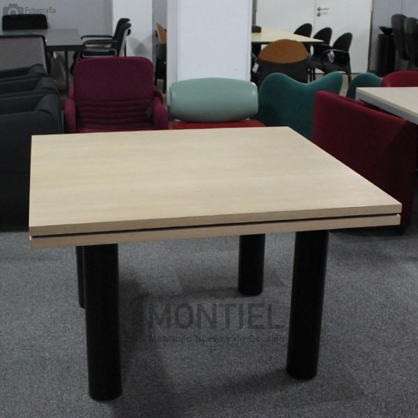 Mesa de Reunión FENIX de AG LAND