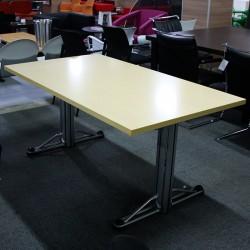 Mesa de Reunión Arce 160 cm.