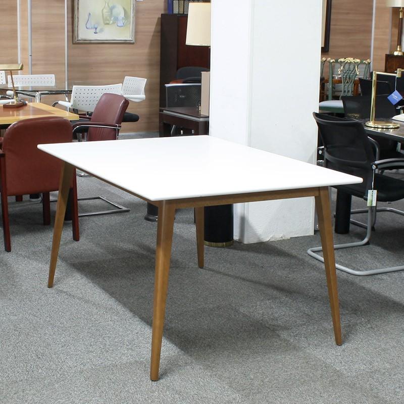 Mesa de Reunión 140 cm. blanca