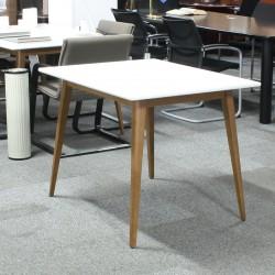 Mesa de Reunión en Blanco 100 cm.
