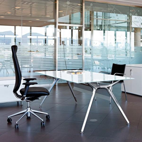 Mesa de Direccion Arkitek de Actiu