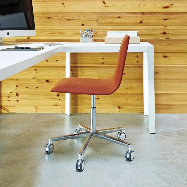 Silla de Diseño Lineal Corporate de ANDREU WORLD