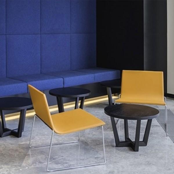 Mesa de Diseño Uves Occasional de Andreu World
