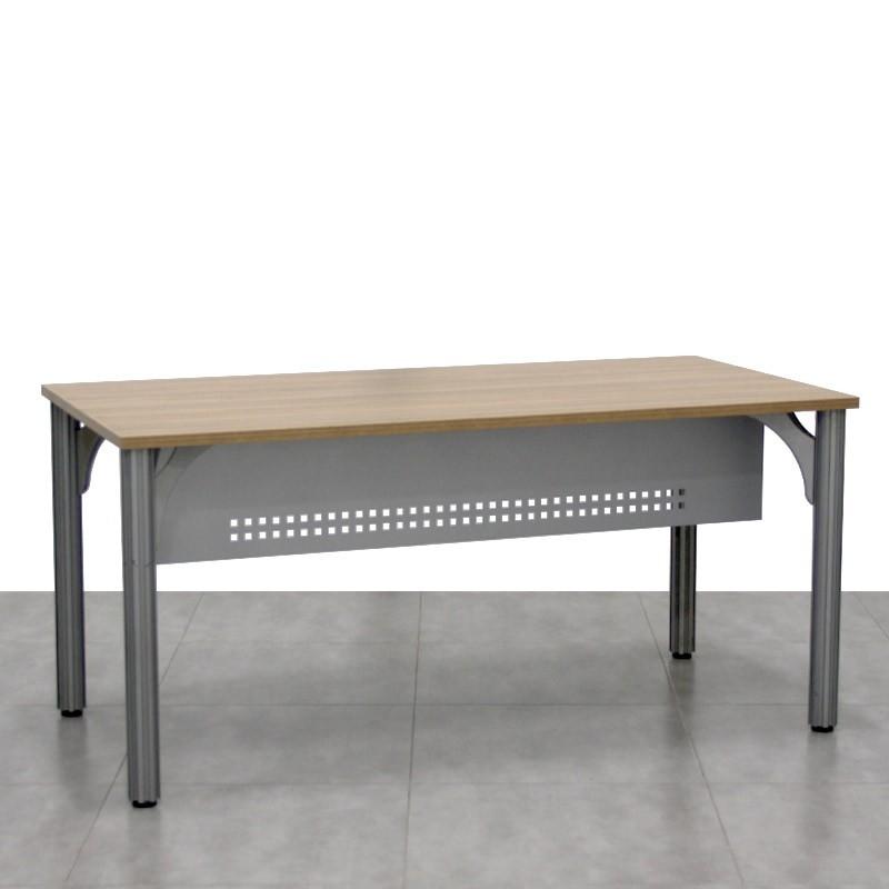 Mesa de Oficina con Faldón Metálico MM332