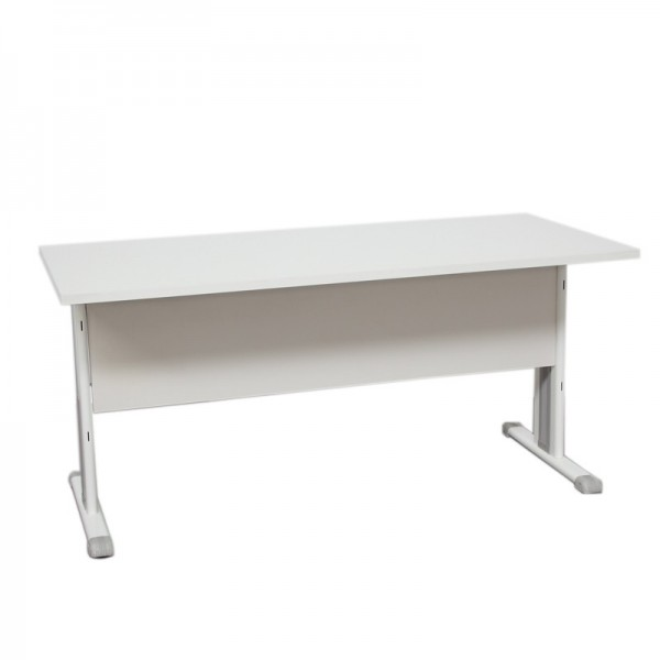Mesa de oficina blanca con faldón