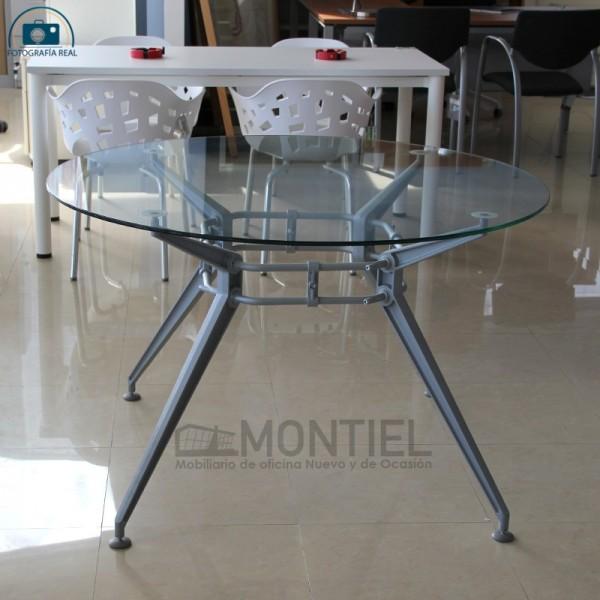 Mesa redonda de cristal para reuniones de Dynamobel