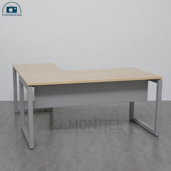Mesa de escritorio en L en liquidación