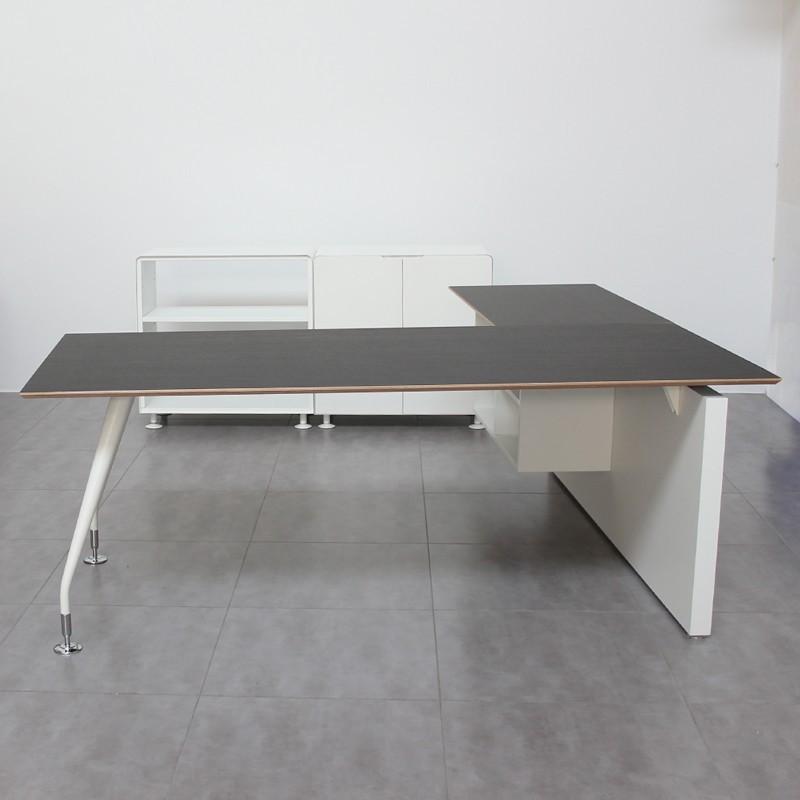 Conjunto de despacho con mesa con ala newform y dos for Sillas despacho segunda mano