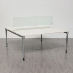 Multipuesto Blanco estructura ABAK de Herman Miller con divisoria de Cristal