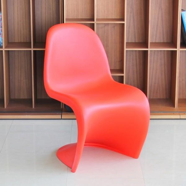 pack de sillas rojo coral panton de vitra rebajadas de exposición