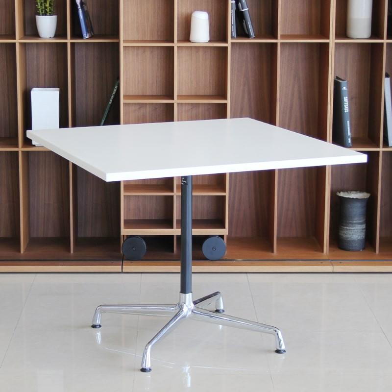 Mesa de Reunión Table Charles & Ray Eames Segmented de Vitra