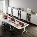 Mesa multipuesto para optimizar el espacio en oficinas pequeñas