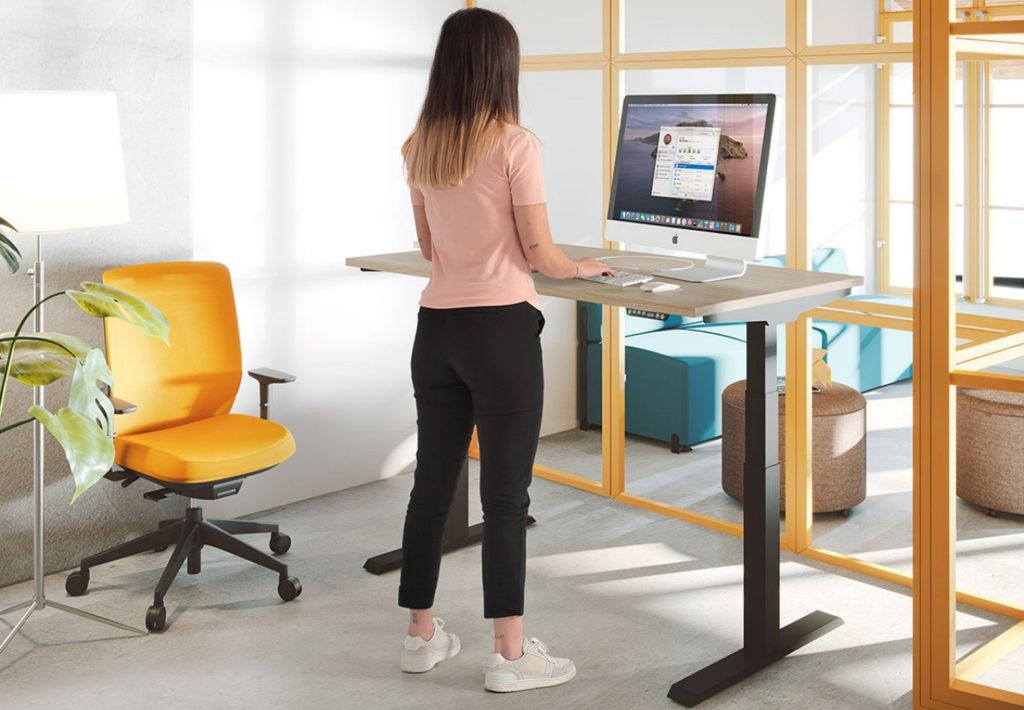 Cómo diseñar un puesto de trabajo ergonómico