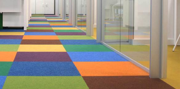 Instalación de Pavimentos ligeros en oficinas y comercios